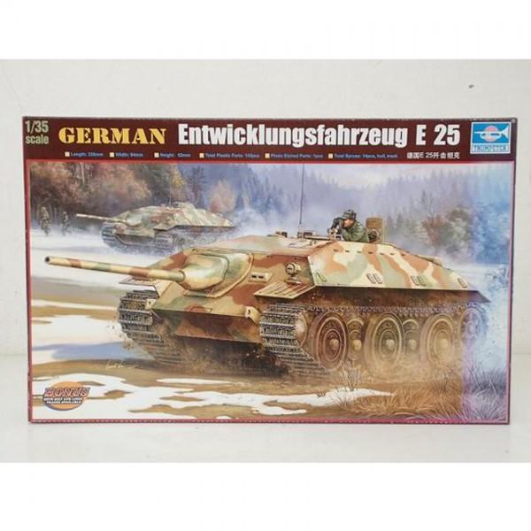 【模型買取】トランペッター 1/35 ドイツ駆逐戦車 E25 プラモデルを買取いたします。
